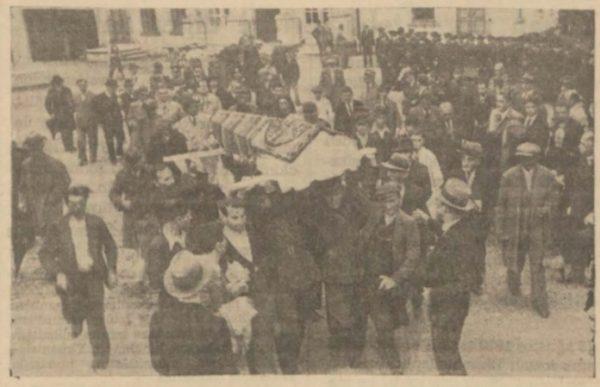 """29 Ağustos 1937: """"Üstad Ali Ekrem, Abdülhak Hamid'in yanına defnedildi"""""""
