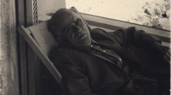 """""""Şiirde aradı, romanda buldu:"""" Orhan Pamuk'un Ahmet Hamdi Tanpınar üzerine yazısı"""